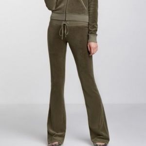 Juicy Couture Basic Velour Track Pants